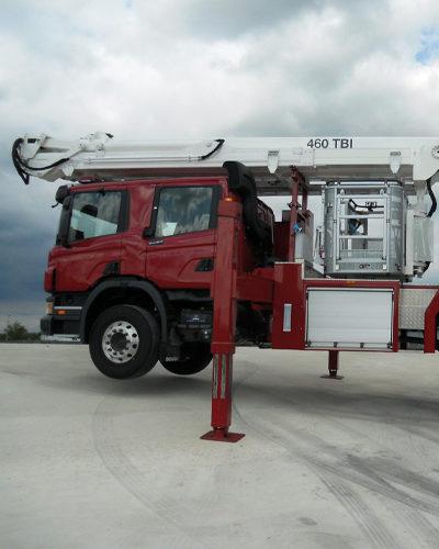 truck-fire-fighting-460